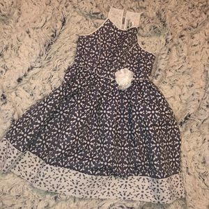 Girls Size 8 Navy/White Sundress